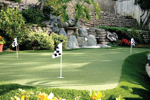 artificial putting greens woodland hills